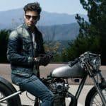Assurance et gants de moto : obligatoire ?