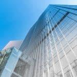 Vitrages verticaux et inclinés : les conseils d'installation